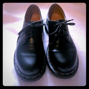 Dr. Martens 1461 W Smooth 3-hole Oxford